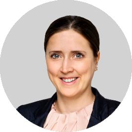 Dr. Anjulie Hähnchen, Consultant